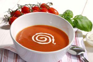 rezept f r tomatensuppe mit creme fraiche von pfannen harecker pfanne bratpfanne kochtopf. Black Bedroom Furniture Sets. Home Design Ideas